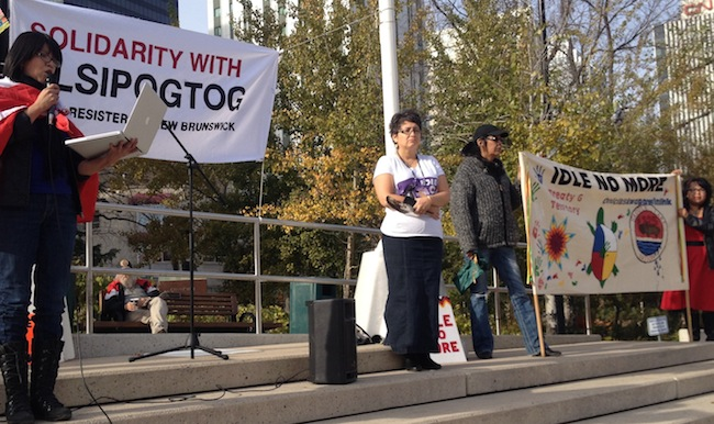 Edmonton gathering in support of Elsipogtog